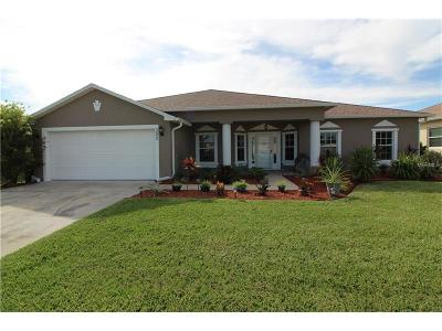 Edgewater Single Family Home For Sale: 302 Mariners Gate Drive