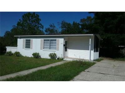Deltona Single Family Home For Sale: 522 S Floyd Circle
