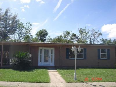 Deltona FL Single Family Home For Sale: $130,000