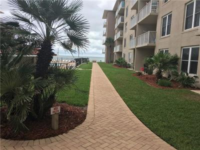 New Smyrna Beach Condo For Sale: 4155 S Atlantic Avenue #111