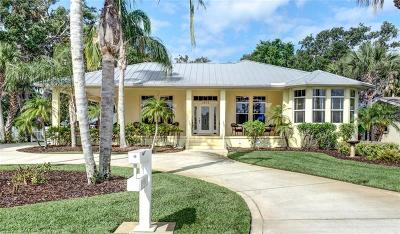 Edgewater Single Family Home For Sale: 1506 S Riverside Drive