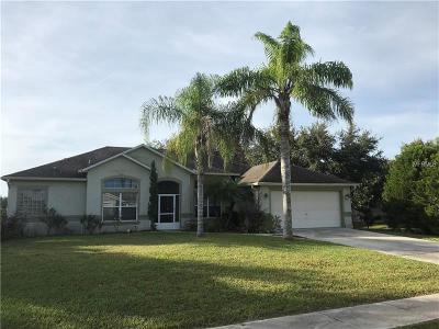 Deltona FL Single Family Home For Sale: $250,000
