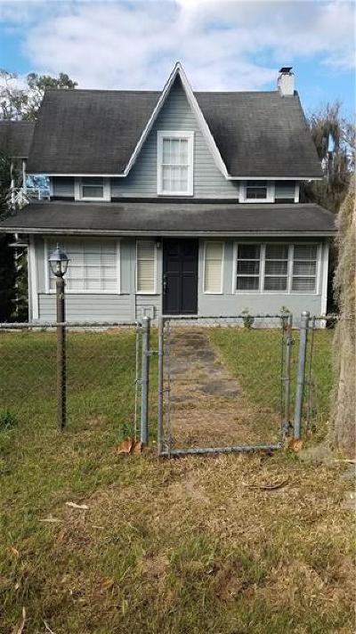 Orange City  Single Family Home For Sale: 203 N Carpenter Avenue