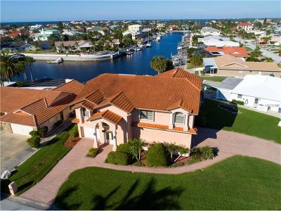 New Port Richey Single Family Home For Sale: 4957 Southshore Drive