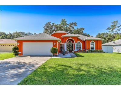 Brooksville Single Family Home For Sale: 815 Laurelridge Court