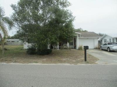 Port Richey Single Family Home For Sale: 10304 Oak Hill Drive