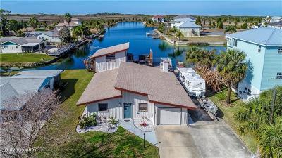 Hernando Beach Single Family Home For Sale: 3265 Gardenia Drive