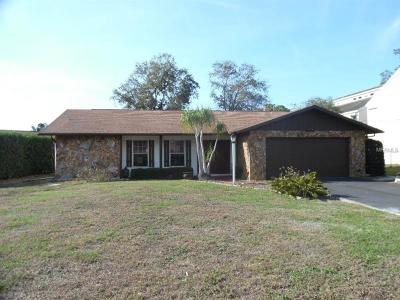 Holiday Single Family Home For Sale: 3115 Pineview Drive