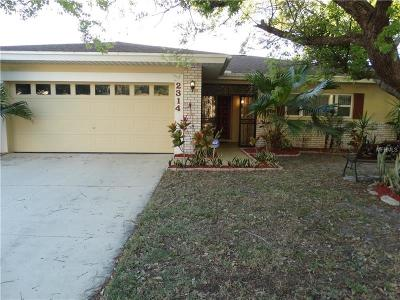 Palm Harbor Single Family Home For Sale: 2314 Grove Valley Avenue
