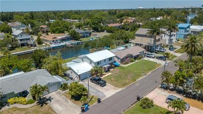 St Petersburg Single Family Home For Sale: 4101 Coquina Key Drive SE