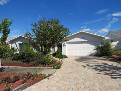 Port Richey Single Family Home For Sale: 8914 Martinique Lane