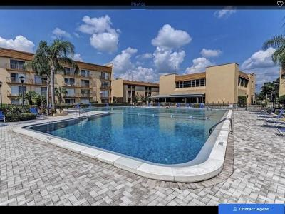 Tampa Condo For Sale: 5820 N Church Avenue #109