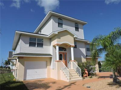 Hernando Beach Single Family Home For Sale: 3301 Scarlet Sage Drive