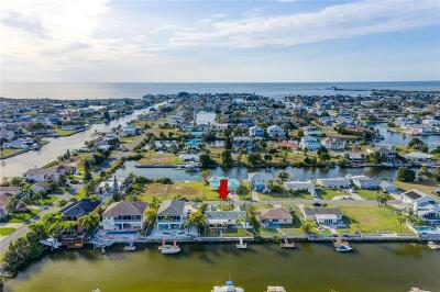 Hernando Beach Single Family Home For Sale: 4278 Columbus Drive