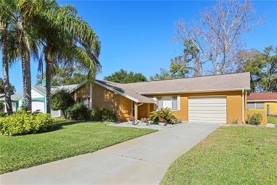 Bayonet Point Single Family Home For Sale: 12217 Meadowbrook Lane