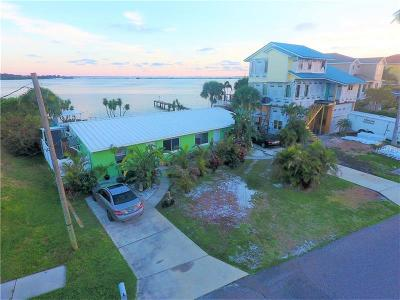 Tarpon Springs Multi Family Home For Sale: 1669 Seabreeze Drive