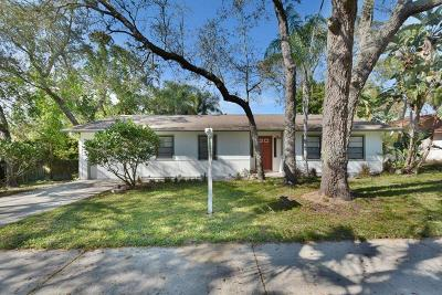 Tarpon Springs Single Family Home For Sale: 1105 E Boyer Street