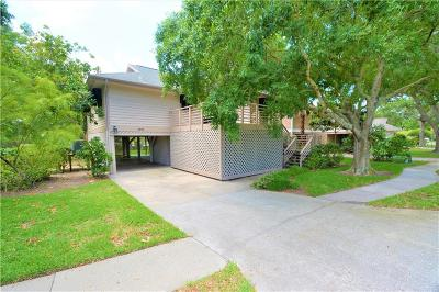 Tarpon Springs Single Family Home For Sale: 1001 S Pointe Alexis Drive