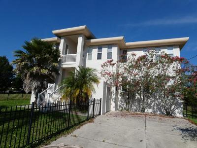 Hernando Beach FL Single Family Home For Sale: $524,900