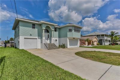 Hernando Beach Single Family Home For Sale: 4385 4th Isle Drive