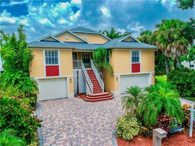 Tarpon Springs Single Family Home For Sale: 212 N Spring Boulevard