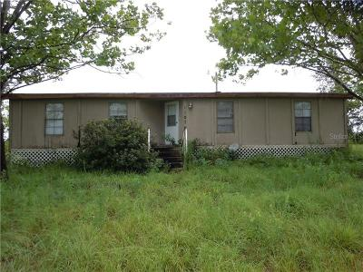 Weeki Wachee Mobile/Manufactured For Sale: 11076 Old Squaw Avenue