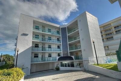 Cocoa Beach Condo For Sale: 3800 Ocean Beach Boulevard #302
