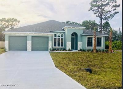 Palm Bay FL Single Family Home For Sale: $229,990