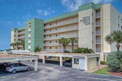 Indian Harbour Beach Condo For Sale: 2055 Highway A1a #302
