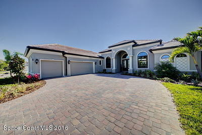 Palm Bay Single Family Home For Sale: 158 Deer Run Road