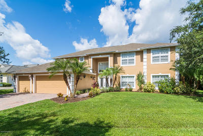 Merritt Island Single Family Home For Sale: 5202 Winding Way