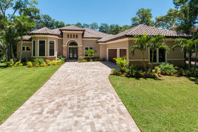 Rockledge Single Family Home For Sale: 60 Hill Top Lane