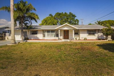 Indian Harbour Beach Single Family Home For Sale: 1214 Banana River Drive