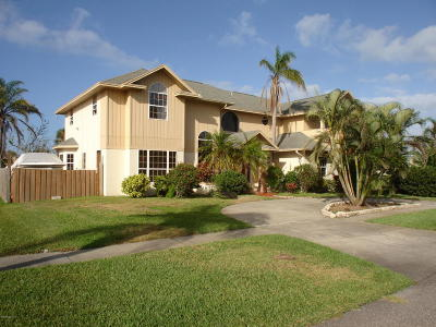 Single Family Home For Sale: 300 Amberjack Place