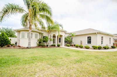 Titusville Single Family Home For Sale: 7562 Windover Way