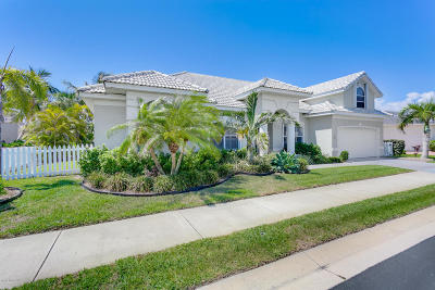Melbourne Beach Single Family Home For Sale: 263 Sanibel Way