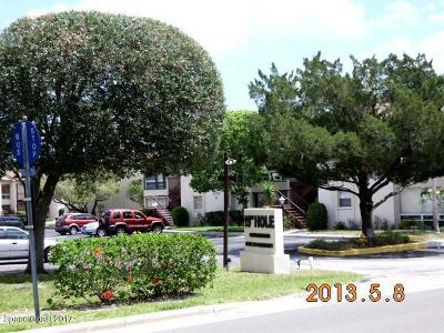 Brevard County Condo For Sale: 2501 Sandtrap Lane #8F
