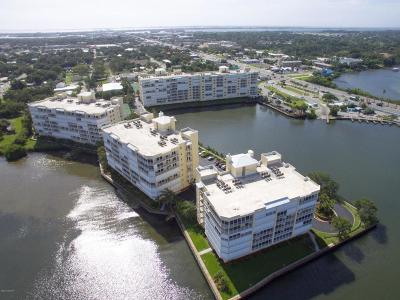 Merritt Island Condo For Sale: 490 Sail Lane #603