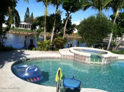 Cocoa Beach Single Family Home For Sale: 115 La Riviere Road