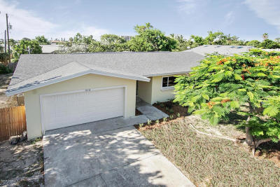 Indialantic, Indialantic, Fl, Indialantic/melbourne, Indialntic, Indian Harb Bch, Indian Harbor Beach, Indian Harbour Beach, Indiatlantic, Melbourne Bch, Melbourne Beach, Satellite Bch, Satellite Beach Single Family Home For Sale: 218 Marion Street