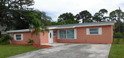 Vero Beach Single Family Home For Sale: 2444 1st Place SW