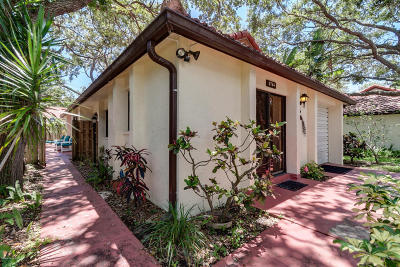Single Family Home For Sale: 8764 Banyan Way