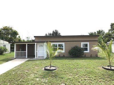Melbourne Single Family Home For Sale: 509 Camellia Drive