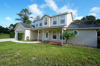 Cocoa Single Family Home For Sale: 3438 Caraway Street