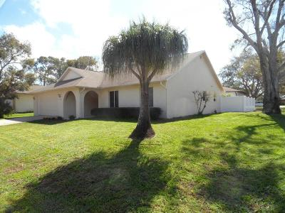 Titusville Single Family Home For Sale: 1295 Muirfield Court
