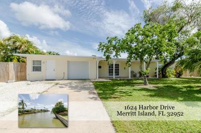 Merritt Island Single Family Home For Sale: 1624 Harbor Drive
