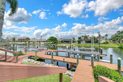 Satellite Beach Single Family Home For Sale: 835 Loggerhead Island Way