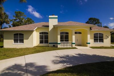 Rockledge Single Family Home For Sale: 896 Bluegrass Lane