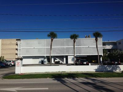 Cocoa Beach Condo For Sale: 4800 Ocean Beach Boulevard #126