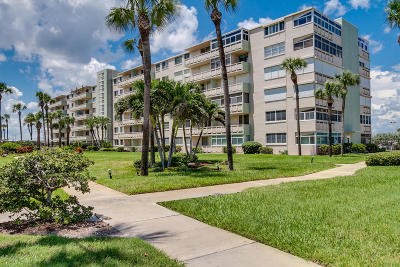 Cocoa Beach Condo For Sale: 2020 N Atlantic Avenue #108 N
